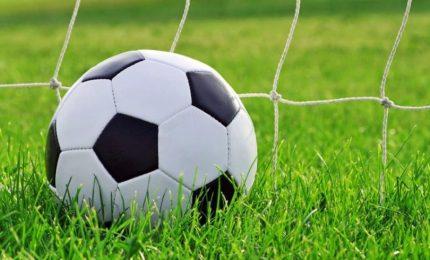 Migranti minorenni illegali in squadre calcio a Prato, indagati due presidenti. Coinvolte anche società di A e arbitri