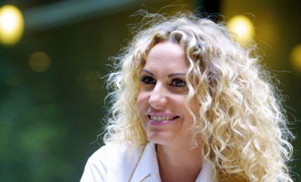 """Antonella Clerici: """"Niente nozze ma con Vittorio sogniamo una casa per noi"""""""