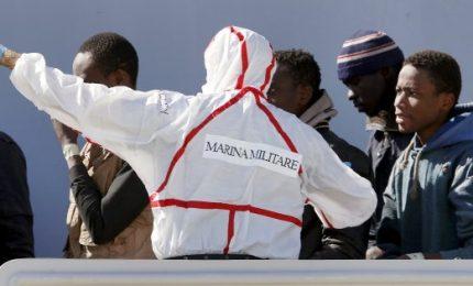 """Migranti, Bruxelles vara piano d'azione per l'Italia. Ecco le """"misure immediate"""""""