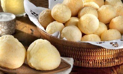 A tavola arrivano i pao de queijo brasiliani