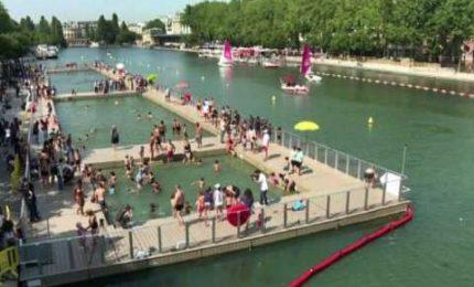 Un tuffo nel centro di Parigi, i suoi canali aperti ai nuotatori