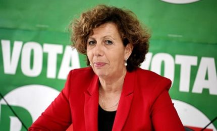 """Anche le donne del Pd bocciano Renzi: no al nuovo dipartimento """"mamme"""""""