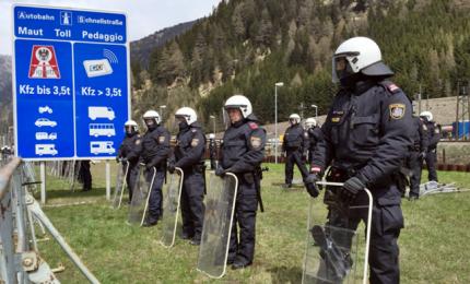 Migranti, scontro Vienna-Roma. Kurz: difendiamo nostri confini