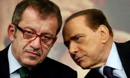 L'ira Salvini su Maroni premier, Cav smentisce. E gli alfaniani pensano a Arcore