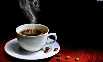 Il caffè rende più vigili e aiuta la concentrazione. Ecco perché