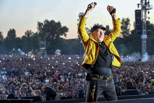 Vasco annuncia: 7 concerti negli stadi da giugno 2018