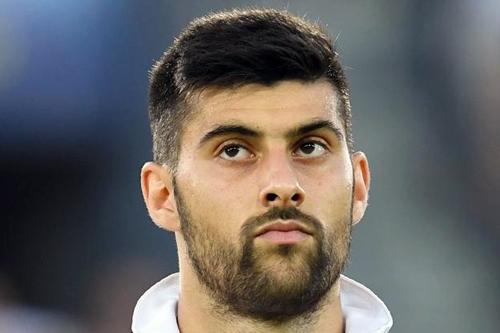 È ufficiale, centrocampista Benassi alla Fiorentina