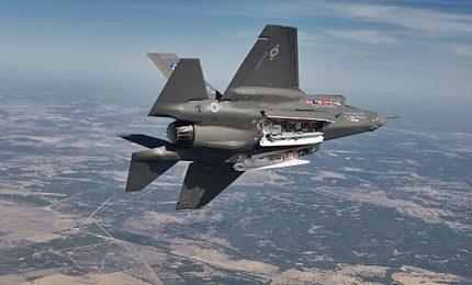 Cinque anni di ritardi e costi raddoppiati, Corte Conti: progetto F-35 deve andare avanti