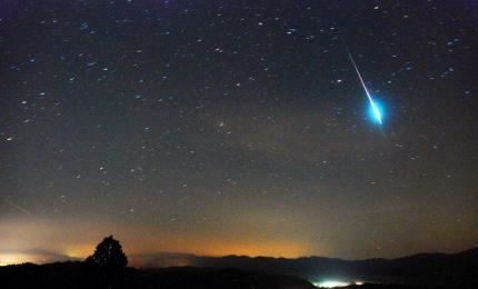 Notte di S. Lorenzo, tornano le stelle cadenti: naso in sù per le Perseidi