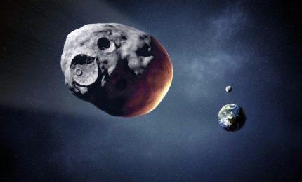 """L'asteroide """"Florence"""" sfiorerà la Terra, impatto rilascia energia equivalente a numerose testate nucleari"""
