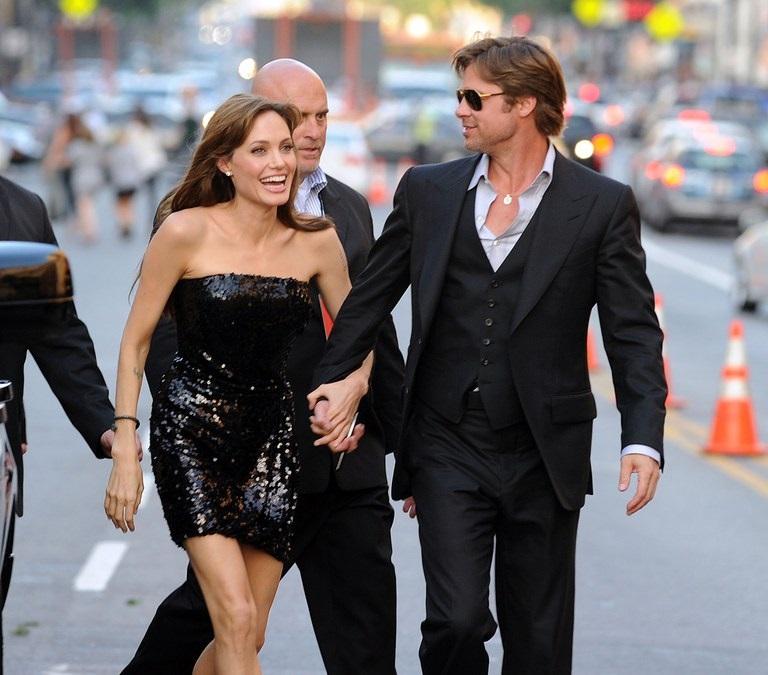 Pitt-Jolie, pronto il divorzio, affido dei figli condiviso