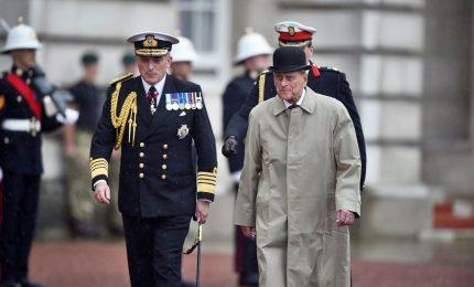Il principe Filippo va in pensione dopo ultimo impegno ufficiale. E conquista il record di longevità per un consorte reale