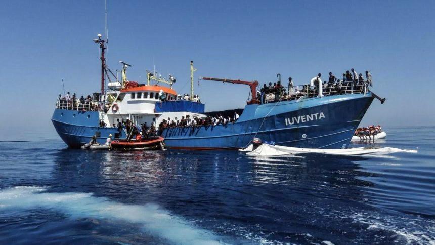 Lampedusa, sequestrata nave di Ong