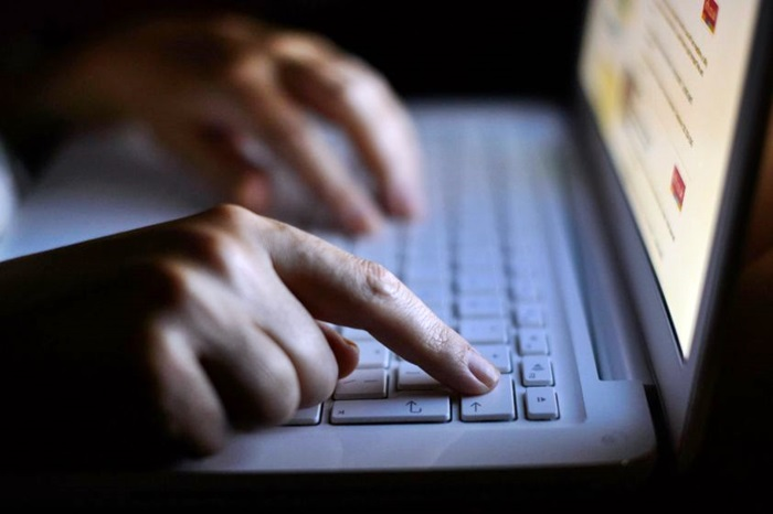 Minacce a Mattarella, Polizia monitora web e social