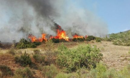 Abruzzo, in fiamme la Valle Subequana