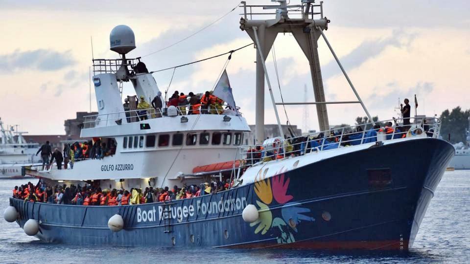 Migranti, nave Ong sequestrata da guardia costiera libica