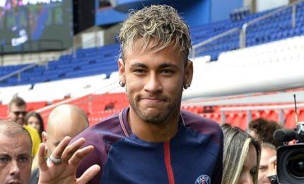 Neymar si allena al PSG ma il Barcellona gli chiede 9 mln
