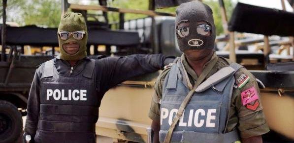 Nigeria, bagno di sangue in chiesa cattolica: decine di morti