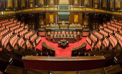 Ripartono le Camere: pensioni d'oro, stretta auto blu e sicurezza