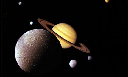 """""""Alieni"""" sulla luna Titano, trovate molecole simili a cellule terrestri"""