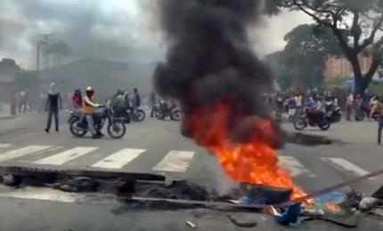 Fallito golpe in base militare a Valencia: almeno due morti