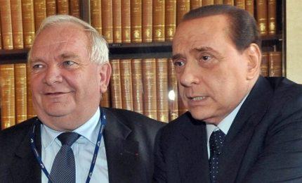 """Berlusconi ad Arcore con Daul: piena sintonia, stessa visione Ue. """"Centrodestra vincente in Italia"""""""