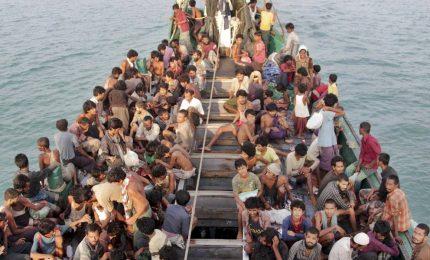 Rohingya in fuga, 300mila in Bangladesh