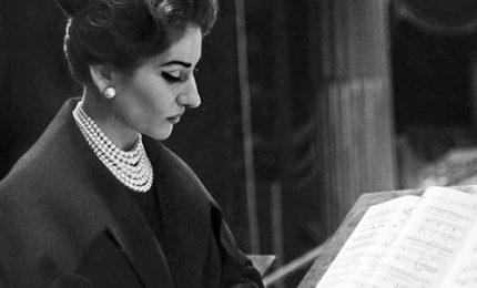 """La Divina: la mostra """"Maria by Callas"""" alla Seine Musicale"""
