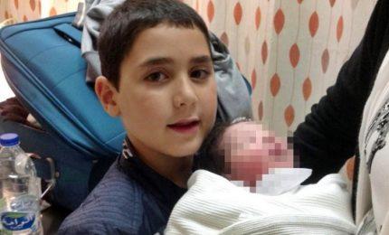 Crolla porta di campo da calcio, bimbo italiano morto a New York