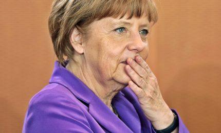 Germania, accordo per un nuovo governo. Merkel: Ue verso svolta. E porge la mano a Macron