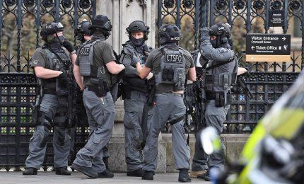 """Attacco a Londra, allerta sale a """"critico. Intelligence, si teme un altro """"attacco imminente"""""""