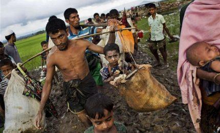Il grande esodo dalla ex Birmania, in Bangladesh fuggiti 87mila Rohingya. Papa pronto a partire