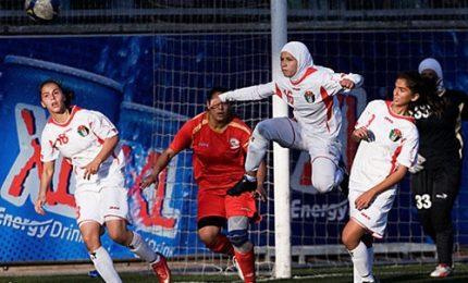 Calcio e libertà, la sfida su un campetto delle donne palestinesi