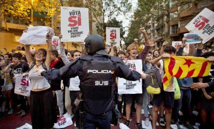 Catalogna: domenica referendum. Madrid: pronti 10mila poliziotti