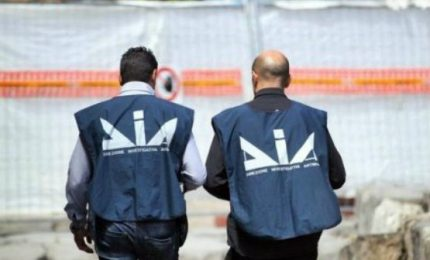 Mafia e gestione dei rifiuti, 16 arresti. In manette anche un giornalista