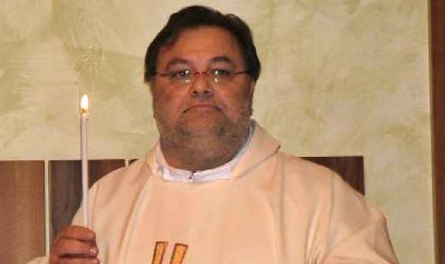 Clamoroso a Roma: evaso ex parroco condannato per pedofilia. È in fuga