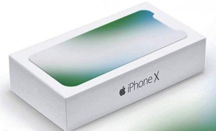 Apple lancia iPhone X, ma non convince del tutto il mercato