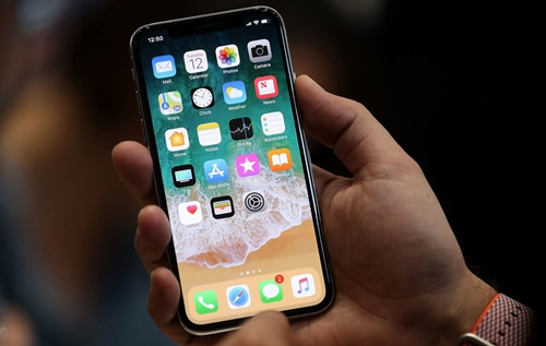 IPhone X Plus: display OLED da 6.5 pollici realizzato da LG