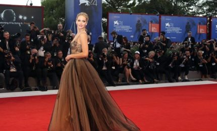 Venezia 74, da Jennifer a Michelle: red carpet da super divi