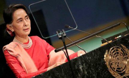Myanmar, Suu Kyi condanna violenze ma non cita esercito. Amnesty: fa lo struzzo