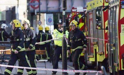Attacco terroristico nella metro di Londra, almeno 22 feriti non gravi
