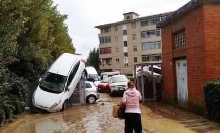 Nubifragio Livorno, sotto accusa la manutenzione dei torrenti. Almeno sei morti e due dispersi
