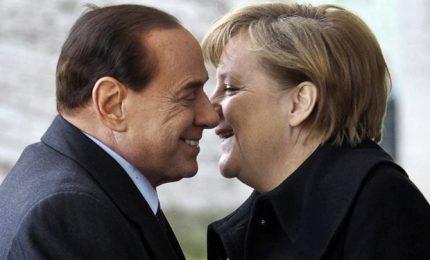 Berlusconi punta su Ppe e già si pensa a simbolo Politiche