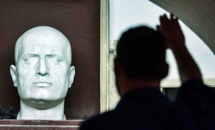 Via libera della Camera a reato propaganda fascista. Fino a due anni di carcere