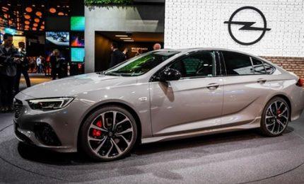 Al salone di Francoforte due anteprime Opel, Grandland X e Insignia