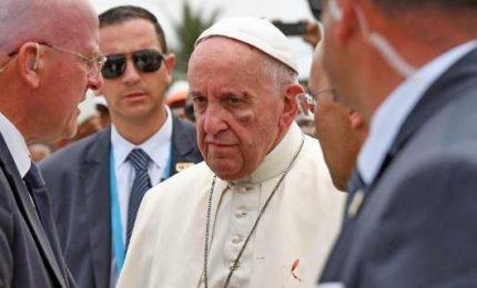 Colombia, Papa si ferisce: ematoma sotto l'occhio