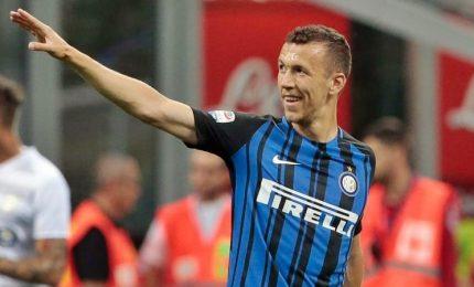 L'Inter espugna Crotone 2-0: Skriniar e Perisic nel finale