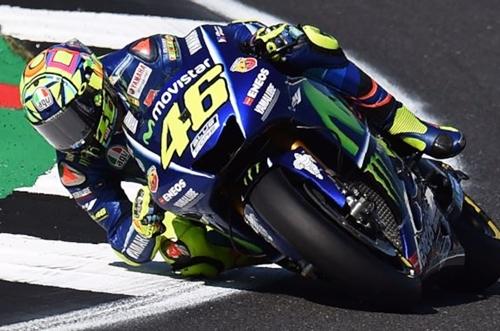 """Rossi: """"Da qui a febbraio la Yamaha deve fare il salto di qualità"""""""