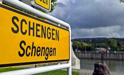 Vacilla il sistema di Schengen. La Germania si blinda, l'Austria avverte Roma