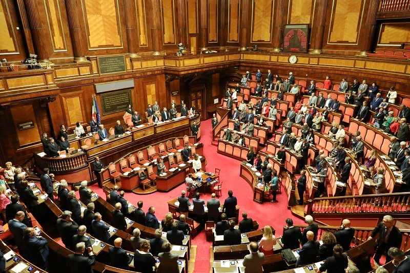 Manovra oggi fiducia al senato altol di ap su bonus for Leggi approvate oggi al senato